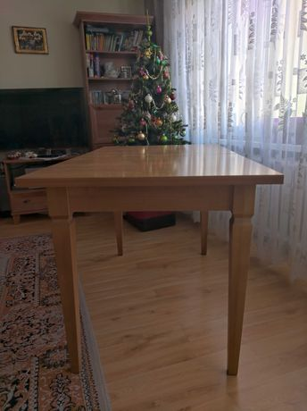 Stół rozkładany ,6 krzeseł