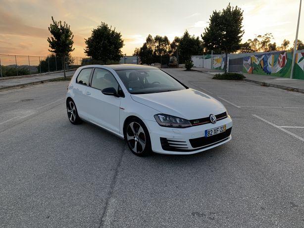 Volkswagen Golf VII Gti DSG - Full extras! (60.000kms)