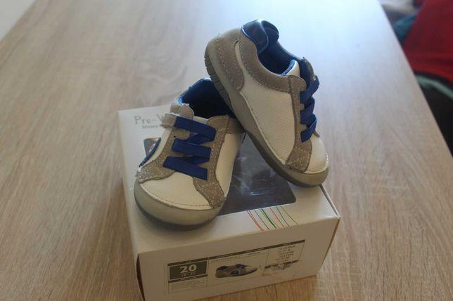 Pierwsze buty do nauki chodzenia buciki pre-walkers, first steps, smyk