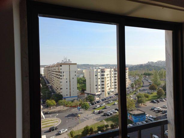 ALUGA-SE apartamento T2, INFANTADO, Loures