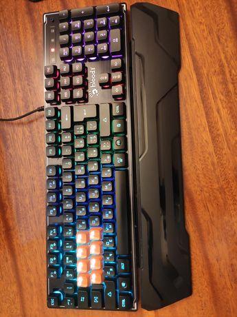 Клавиатура игровая A4tech /мышь genius /колонки genius