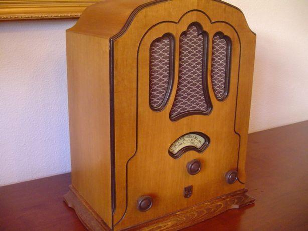 Radio antigo Philips