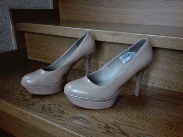 Sprzedam nowe buty Tamaris r. 39