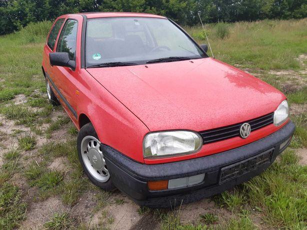 Volkswagen Golf III benzyna, materiał na youngtimera