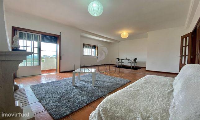 Apartamento T4 Duplex em Cacia.
