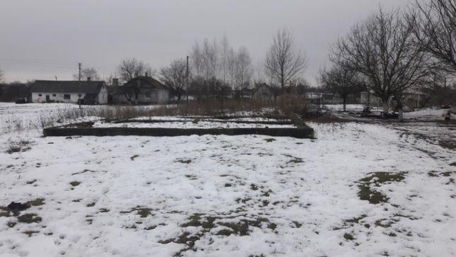 Продам земельну ділянку с. Привільне вул. Л. Українки 12 соток