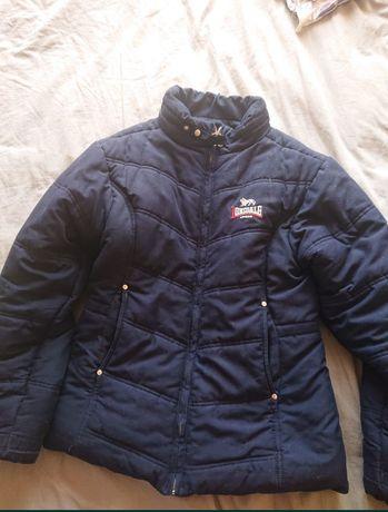 Куртка осінньо-зимова. Тепла,стан ідеальний. Для підлітка.