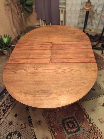 Sprzedam Stół drewniany rozkładany  2 krzesła