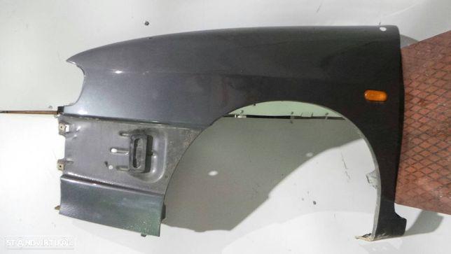 Guarda-Lamas Esquerdo Seat Cordoba (6K1, 6K2)