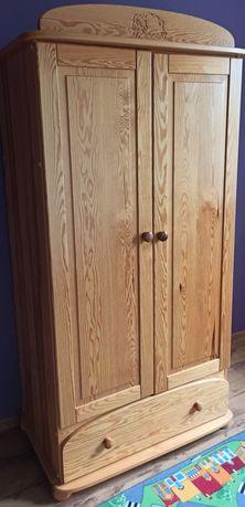 Szafa drewniana bieliźniarka pojemna sosnowa