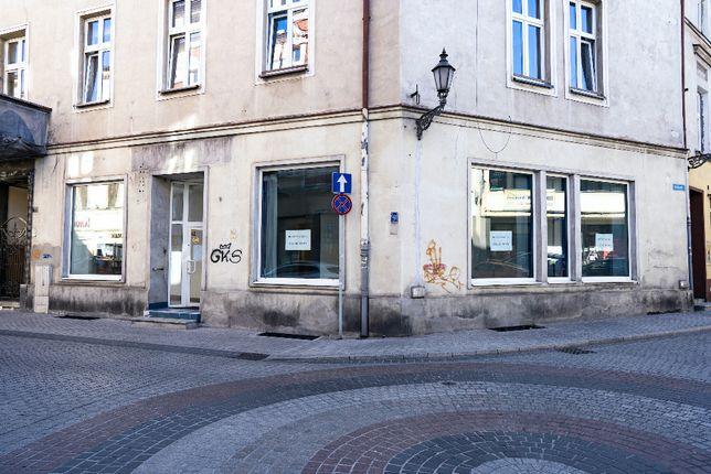 Lokal użytkowy 100m2 w Gliwicach. 200m od Rynku, parter, witryny.