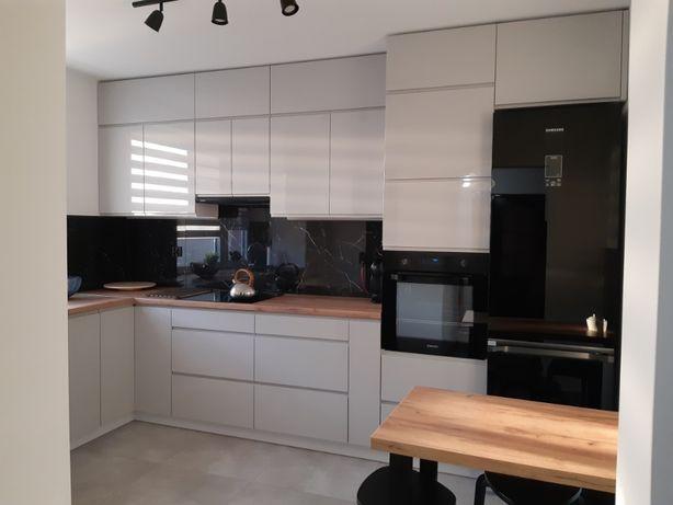 Meble kuchenne na wymiar,szafy, projekt 3 D