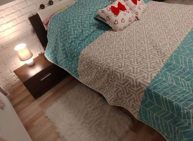 Łóżko z nakastlikami 180x220