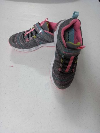 Ténis Skechers para menina