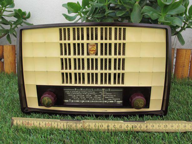 Rádio Philips a Válvulas em Baquelite Antigo