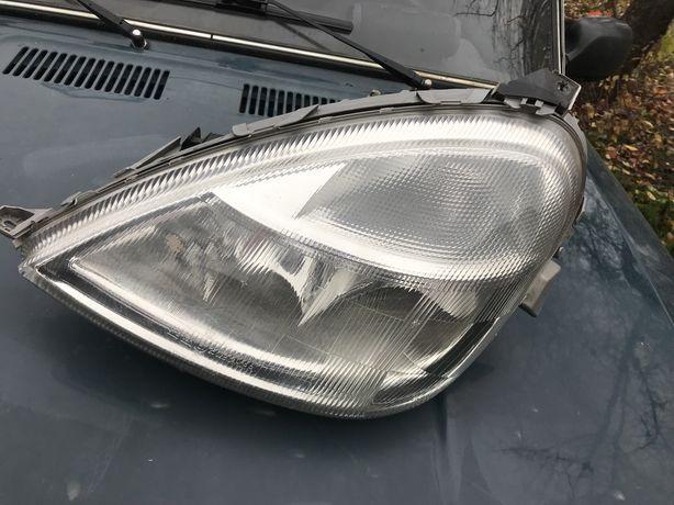 Фара Mercedes A160