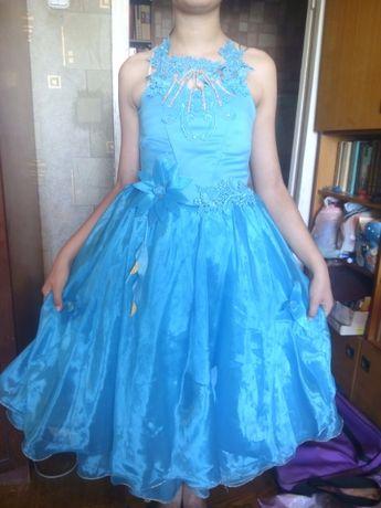 Платье нарядное, выпускное 10-11-12-13 лет