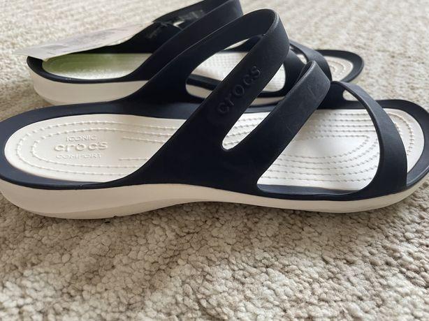 Sandalias Crocs senhora (tamanho 37-38)