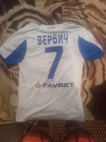 Настоящая футболка Беньямина Вербича