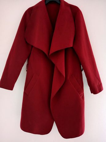 burgundowy elegancki płaszcz