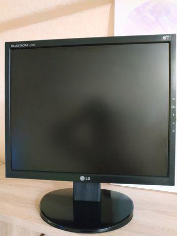 Монитор LG L1753S