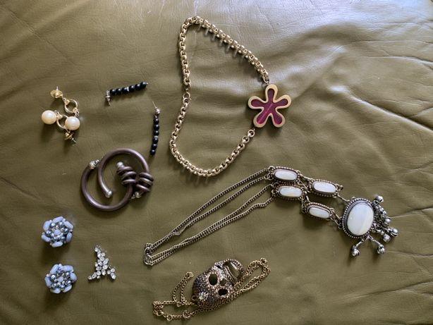 Biżuteria sztuczna damska 8 sztuk kolczyki naszyjniki wisiorek