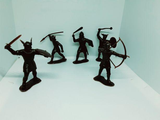 Содтатики  пираты ковбои викинги дзи