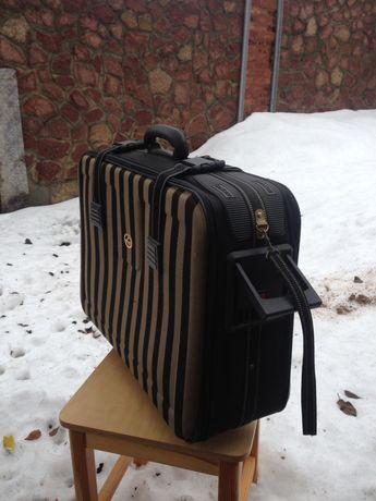 Продам сумки чемодани BOSCA, Metropolis,Delseyn