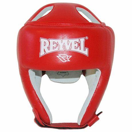 Шлем, перчатки и защита для голени для кикбоксинга