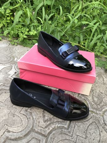 Осенние туфли на низком каблуке