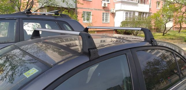 Поперечины для багажника на крышу Toyota Avensis T25, оригинальные