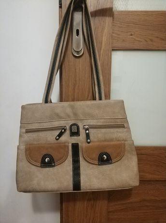 Nowa torebka na ramię obszerna