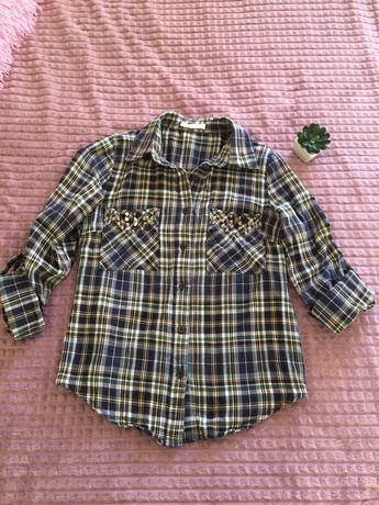 Котоновая женская рубашка шипы на карманах