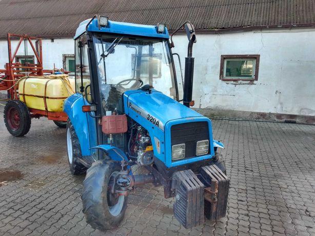 Ciągnik rolniczy Pronar 320 A