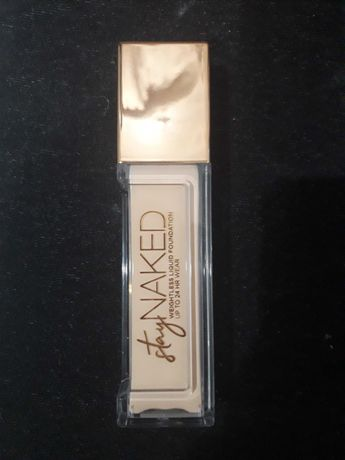 Urban decay stay naked  40 NN