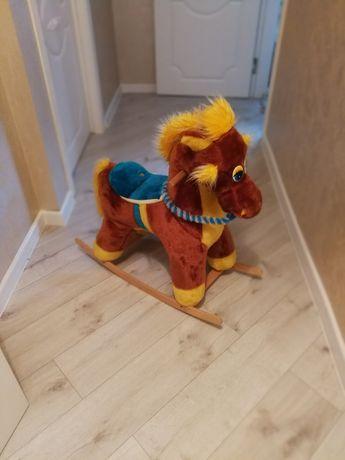 Продам нашего коня))