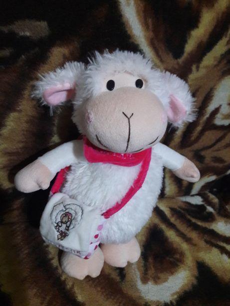 Pluszowa owieczka 35 cm.