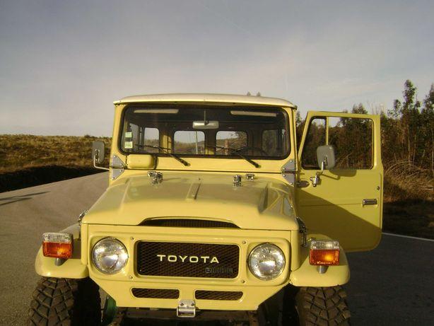 Vende-se Jeep Toyota excelente estado