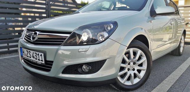 Opel Astra rezerwacjaJAK NOWA!!Cosmo/xenon!skora/serwis ASO Opel!100% bez!