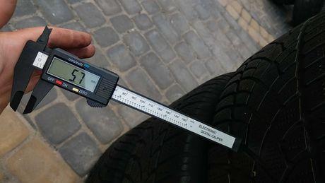 Шины всесезонные Dunlop 235/60 R16 5.7мм резина б у шини колеса зима