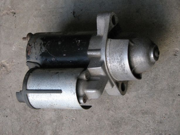 Стартер Bosch на Audi A6