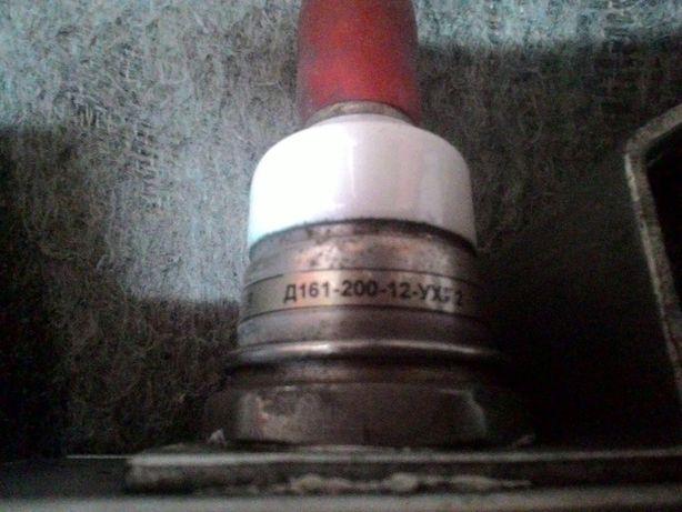 Диод силовой Д161-200 с тепловым радиатором.