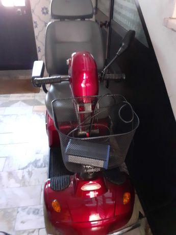 Scooter elétrica mobilidade EGIRO