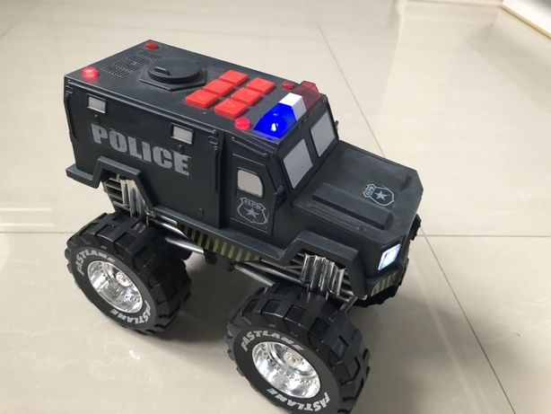 Monster Police - auto