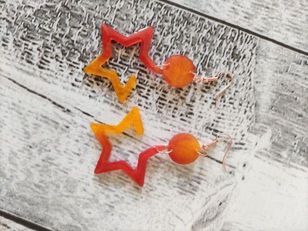 Kolczyki z żywicy gwiazdki wiszące rękodzieło handmade prezent