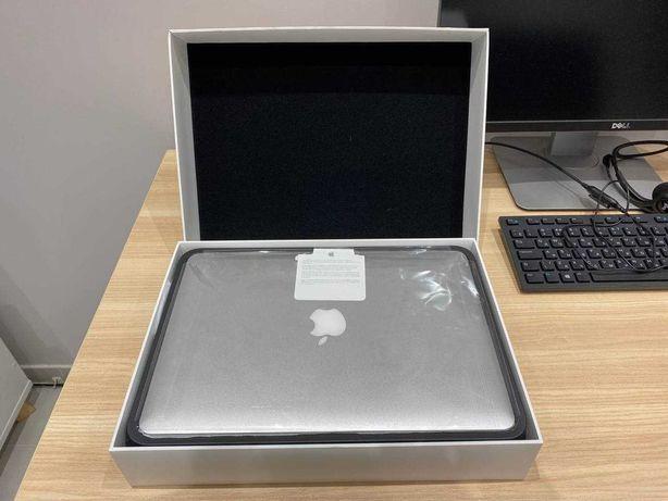 Apple MacBook Air 13 (2017) Core i5 1.6Ghz, 8Gb, 128ГБ. Только Киев