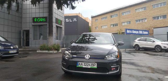 Продажа электромобиля Volkswagen E-Golf SE 2016 Полностью обслужен!