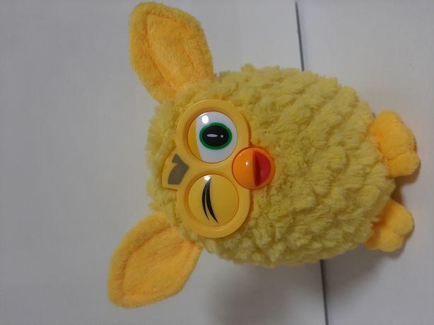 J.Nowy Interaktywny żółty  FURBY Famosa 2014 od Hasbro