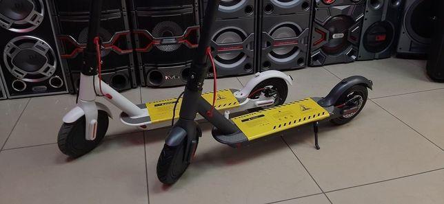 Электросамокат E-Scooter 7118 30км/год 7.8Ah