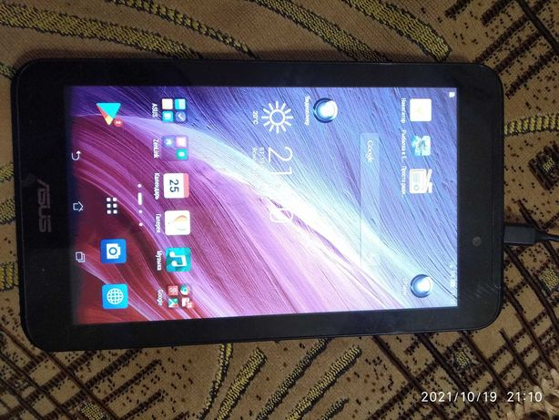 Планшет ASUS K01A. 1/8 GB. OC Android. Wi-fi. Рабочий.